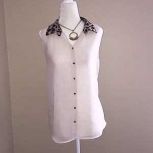 Romeo & Juliet Couture sheer sleeveless top size S